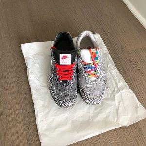 Nike Air Max 1 Tokyo Maze us10.5